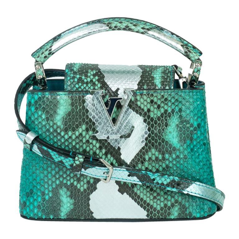 Louis Vuitton, Capucines in green python