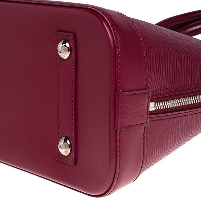 Louis Vuitton Carmine Epi Leather Alma PM Bag For Sale 3