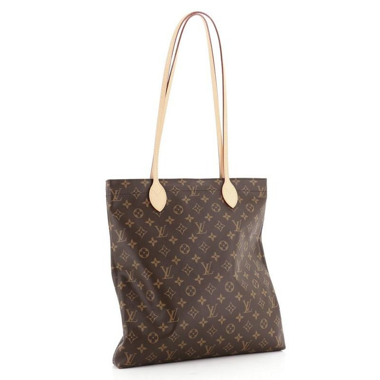 Louis Vuitton Carry It Tote Monogram Canvas In Good Condition For Sale In New York, NY