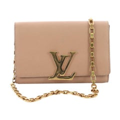 Louis Vuitton Chain Louise Clutch Leather GM