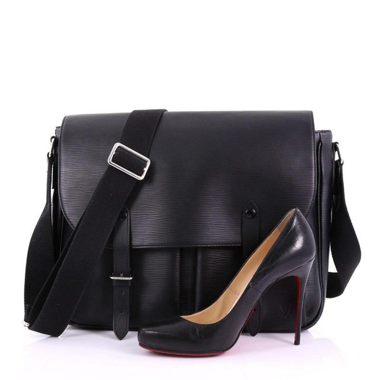 94089dccbcb Louis Vuitton Christopher Messenger Bag Epi Leather at 1stdibs