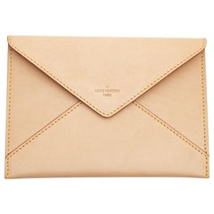 LOUIS VUITTON Clutch In Smooth Beige Leather