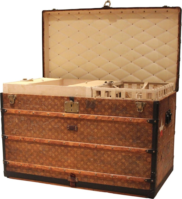 French Louis Vuitton Courier Trunk with GR Initials, circa 1920s For Sale