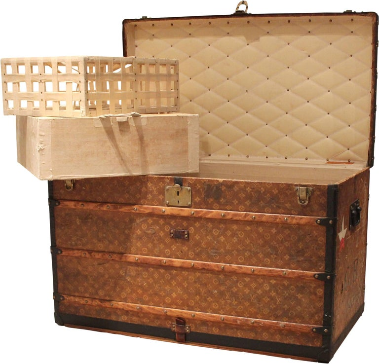 Louis Vuitton Courier Trunk with GR Initials, circa 1920s In Good Condition For Sale In Double Bay, NSW
