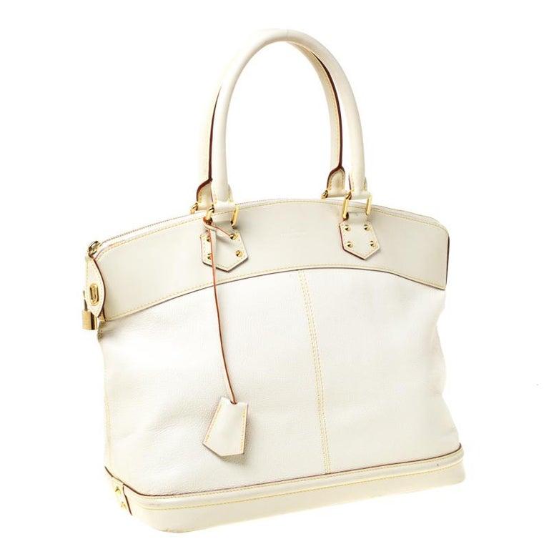 Louis Vuitton Cream Suhali Leather Lockit GM Bag In Good Condition For Sale In Dubai, Al Qouz 2
