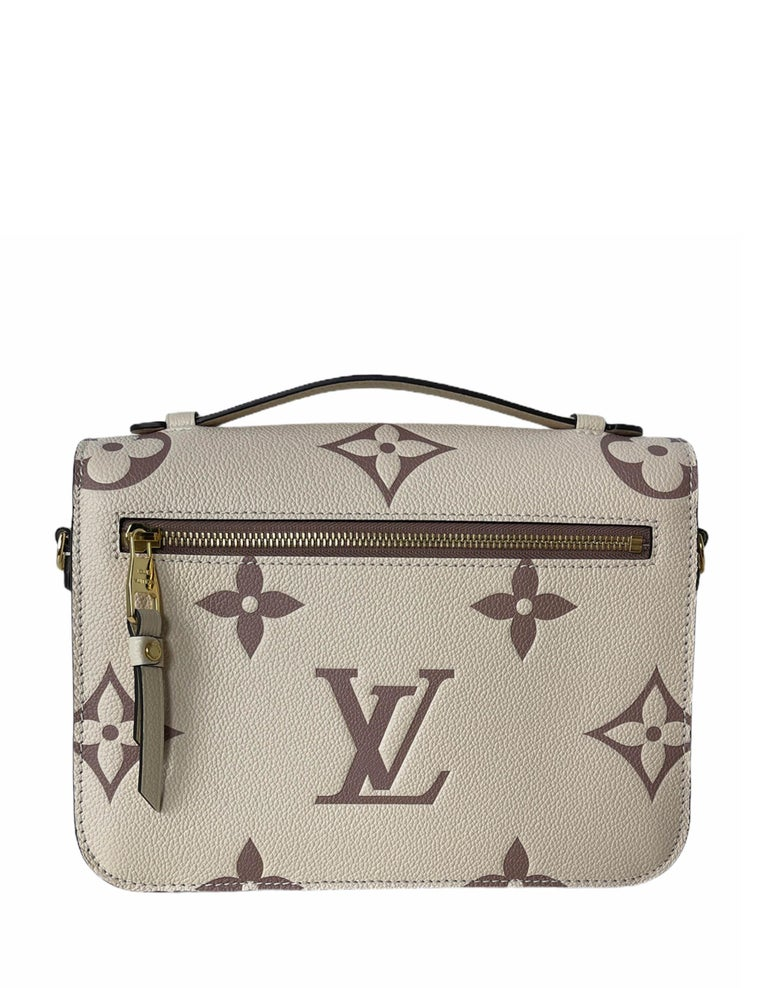 Louis Vuitton Creme Bois De Rose Empreinte Monogram Pochette Metis Bag In New Condition For Sale In New York, NY