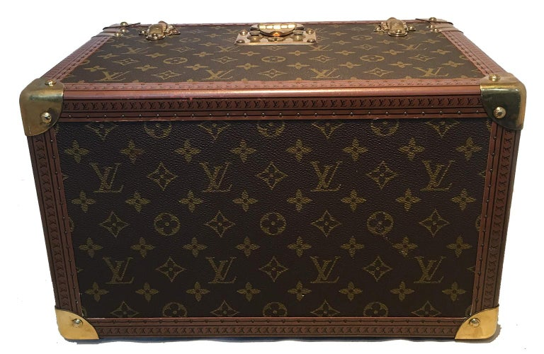 Louis Vuitton Custom Monogram Jewelry Travel Train Case with 16 Ultrasuede Trays For Sale 1