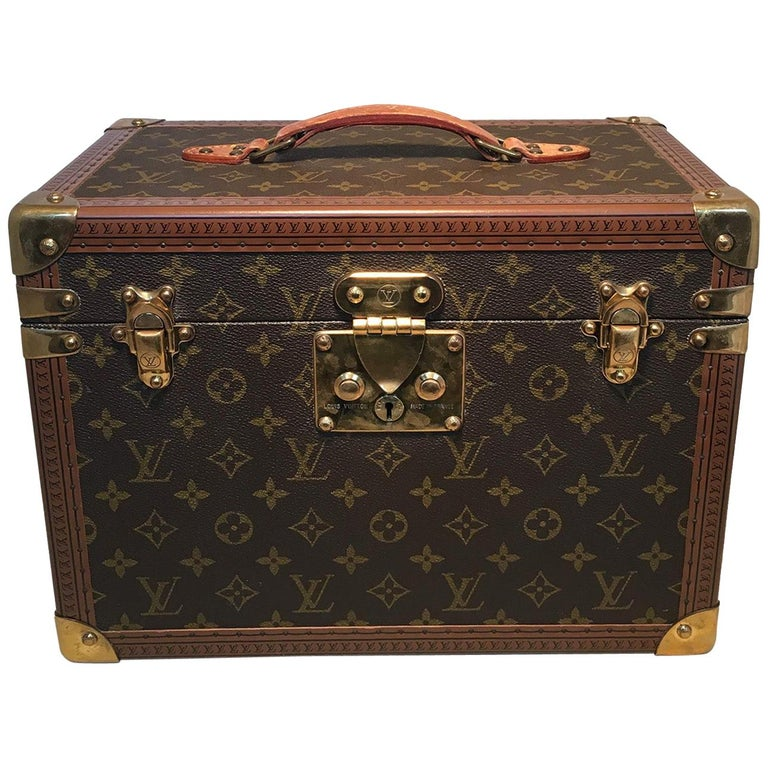 Louis Vuitton Custom Monogram Jewelry Travel Train Case with 16 Ultrasuede Trays For Sale