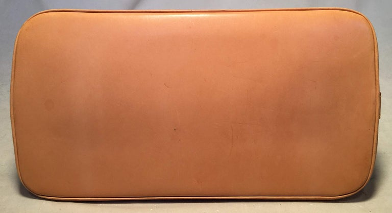 Louis Vuitton Customized Hand Painted Tulip Monogram Alma Bag In Excellent Condition For Sale In Philadelphia, PA