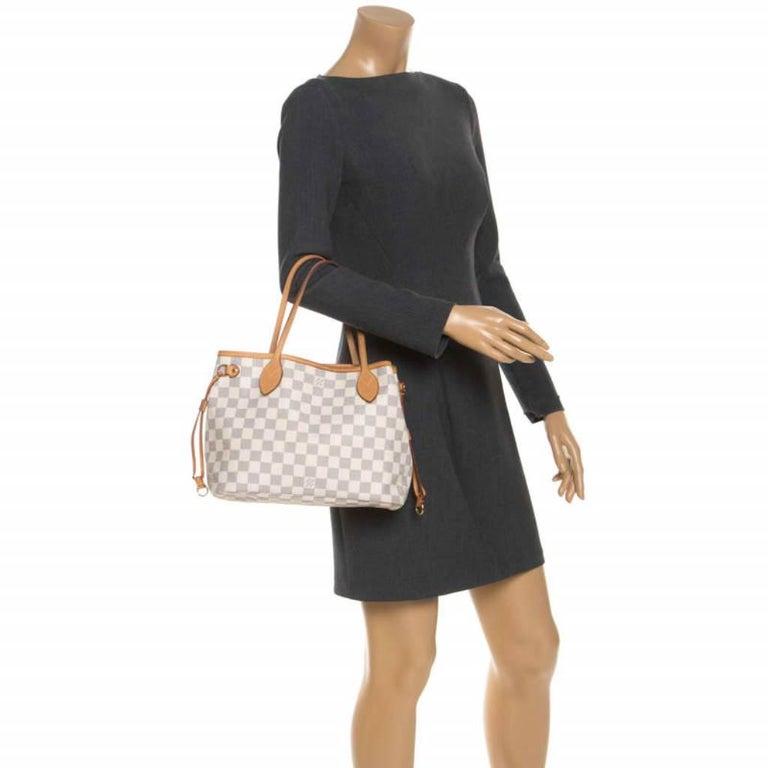 Louis Vuitton Damier Azur Canvas Neverfull PM Bag In Good Condition In Dubai, Al Qouz 2