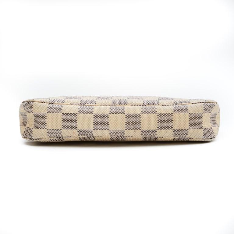 Brown Louis Vuitton Damier Azur Pochette Accessories NM Bag (2012) For Sale