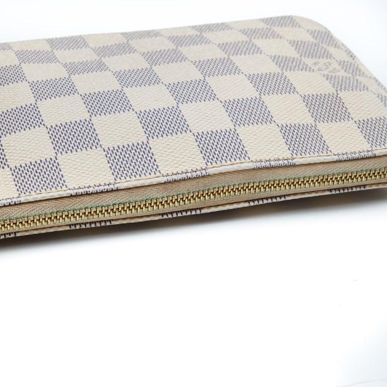 Women's Louis Vuitton Damier Azur Pochette Accessories NM Bag (2012) For Sale
