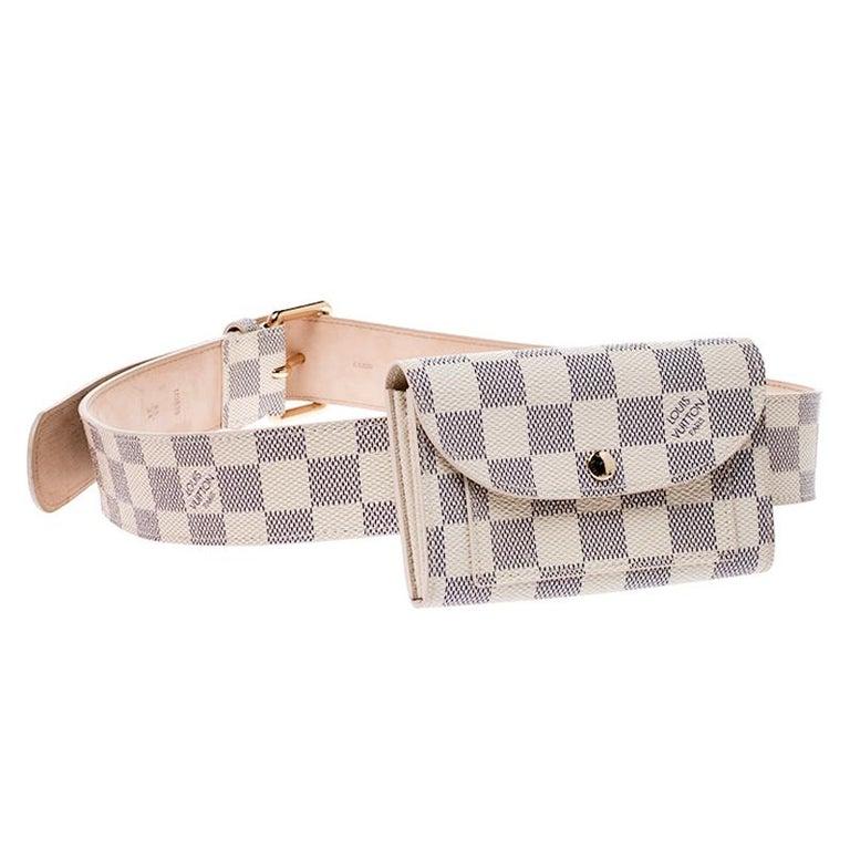 Louis Vuitton Damier Azur Pochette Solo Belt Bag In Good Condition For Sale In Dubai, Al Qouz 2