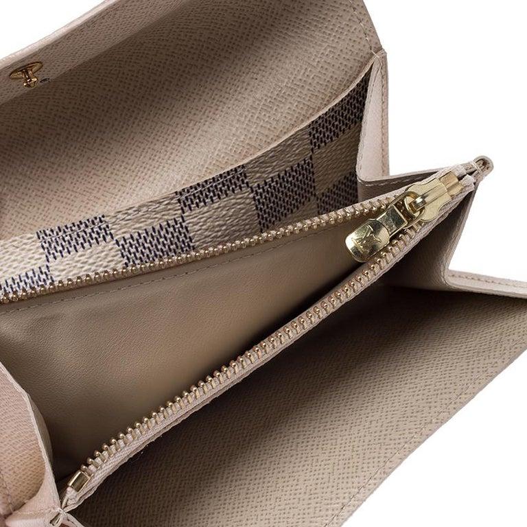 Louis Vuitton Damier Azur Pochette Solo Belt Bag For Sale 3