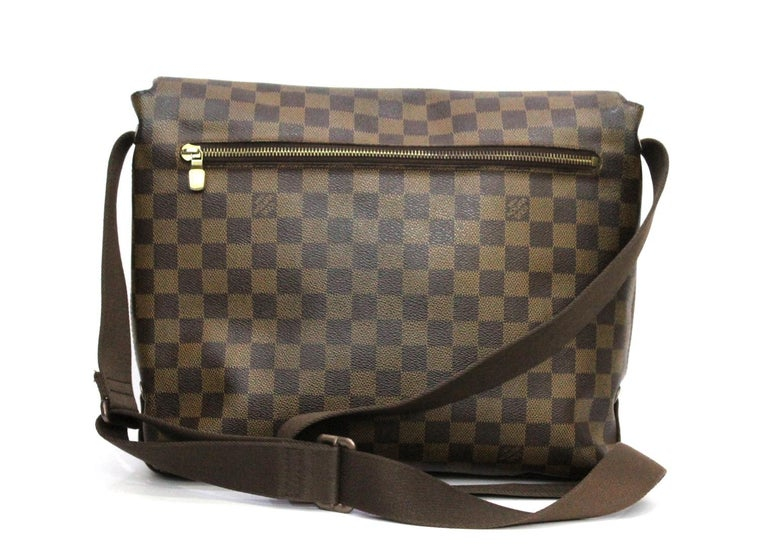 LOUIS VUITTON Damier Canvas Brooklyn GM Messenger Bag In Good Condition In Torre Del Greco, IT