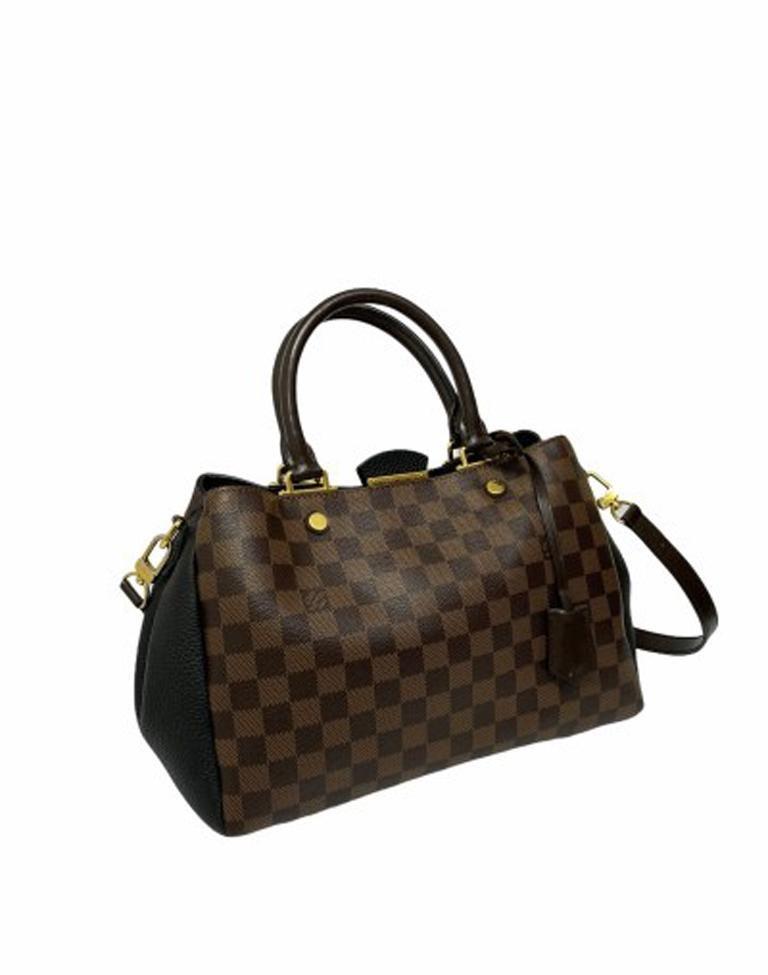 Black Louis Vuitton Damier Canvas Shoulder Bag   For Sale