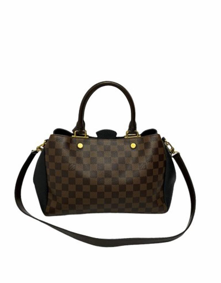 Women's Louis Vuitton Damier Canvas Shoulder Bag   For Sale