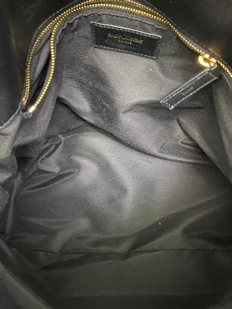 Louis Vuitton Damier Canvas Shoulder Bag   For Sale 3