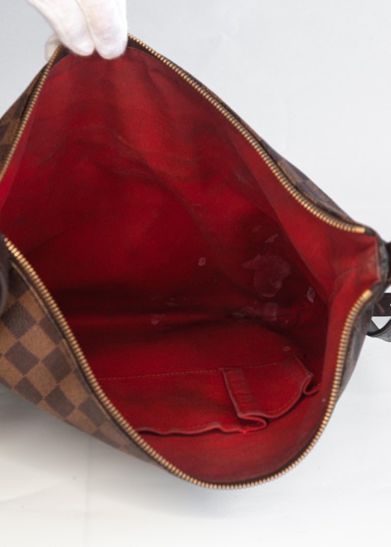 Louis Vuitton Damier Ebene Bloomsbury PM Bag In Good Condition For Sale In Montreal, Quebec
