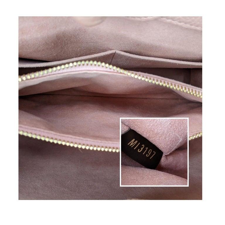 Louis Vuitton Damier Ebene Brittany Handbag Satchel For Sale 3