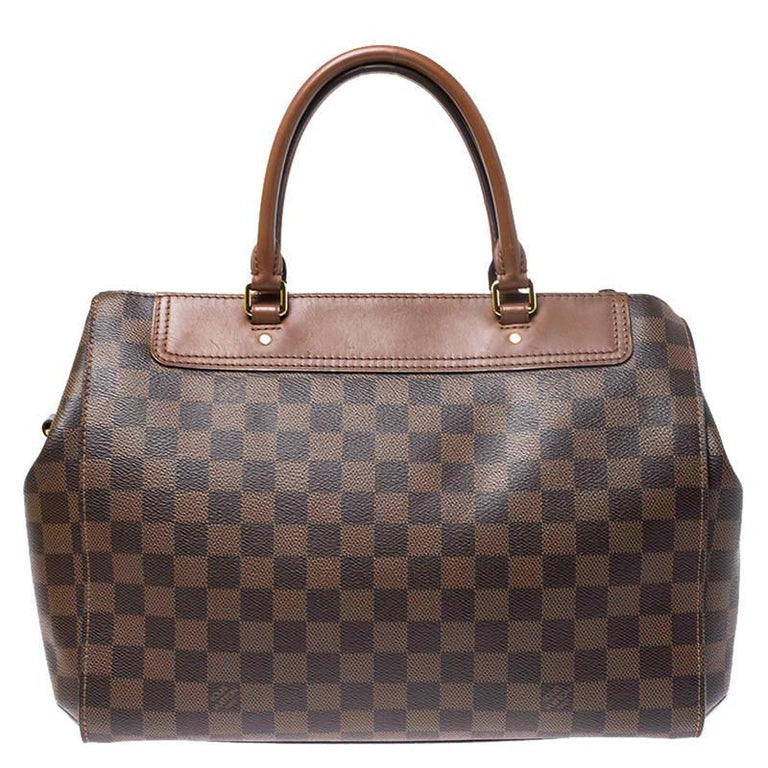 Fashionistas naturally like to travel in style and at such times only the ideal travel handbag will do. That's why it is wise to opt for this Greenwich bag as it is well-crafted from Damier Ebene canvas to endure and well-designed to grace you with