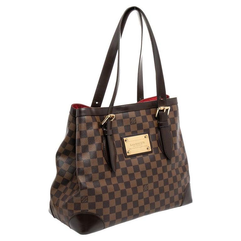 Louis Vuitton Damier Ebene Canvas Hampstead MM Bag In Good Condition For Sale In Dubai, Al Qouz 2