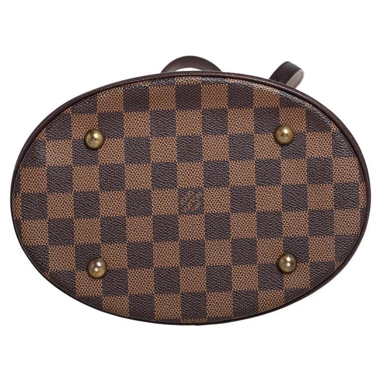 Women's Louis Vuitton Damier Ebene Canvas Marais Bucket Bag For Sale