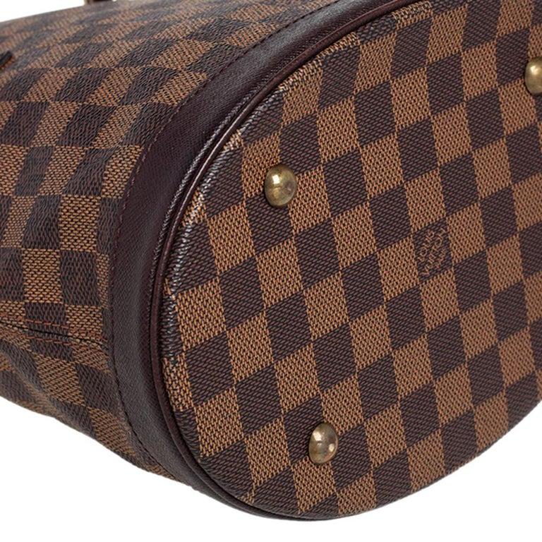 Louis Vuitton Damier Ebene Canvas Marais Bucket Bag For Sale 2