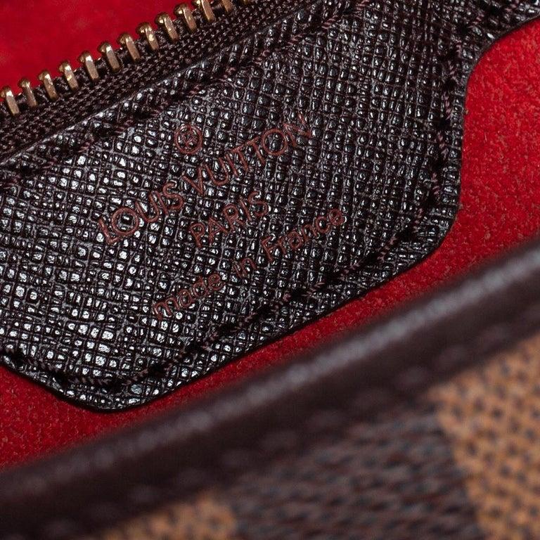 Louis Vuitton Damier Ebene Canvas Marais Bucket Bag For Sale 4