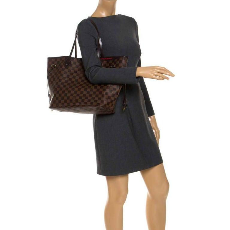 Louis Vuitton Damier Ebene Canvas Neverfull MM Bag In Good Condition For Sale In Dubai, Al Qouz 2