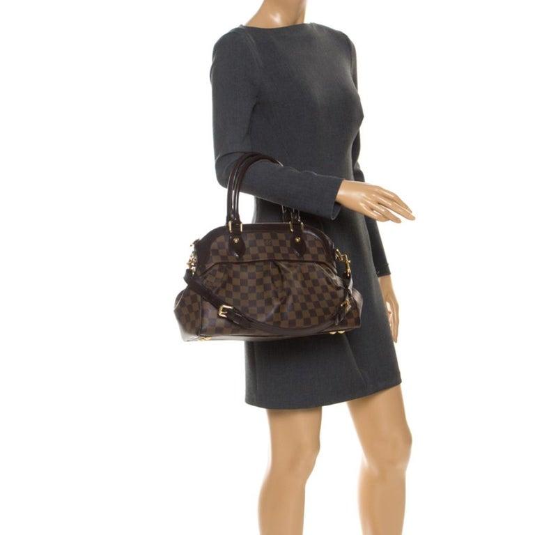 Louis Vuitton Damier Ebene Canvas Trevi PM Bag In Good Condition For Sale In Dubai, Al Qouz 2