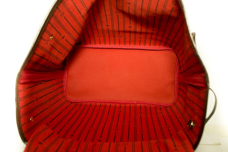 Louis Vuitton Damier Ebene Neverfull MM Shoulder Bag Canvas Tote For Sale 5