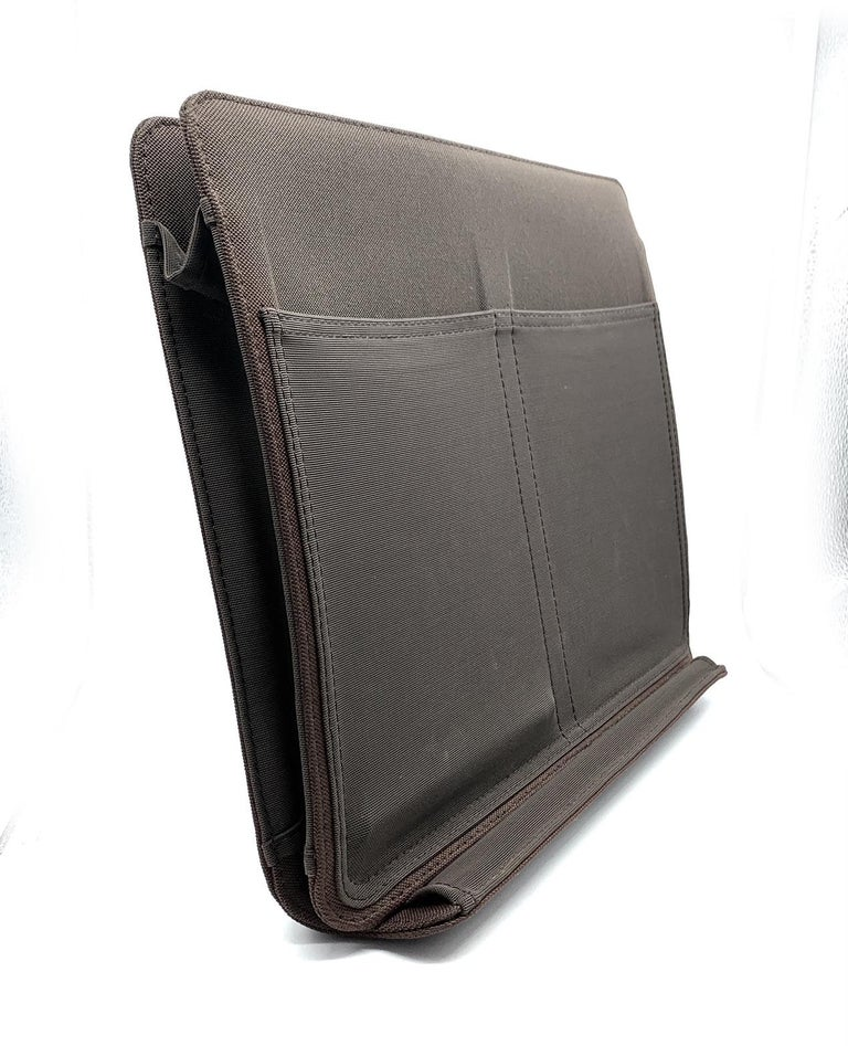 LOUIS VUITTON Damier Geant Messenger Bag Black For Sale 3