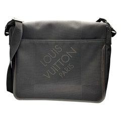 LOUIS VUITTON Damier Geant Messenger Bag Black