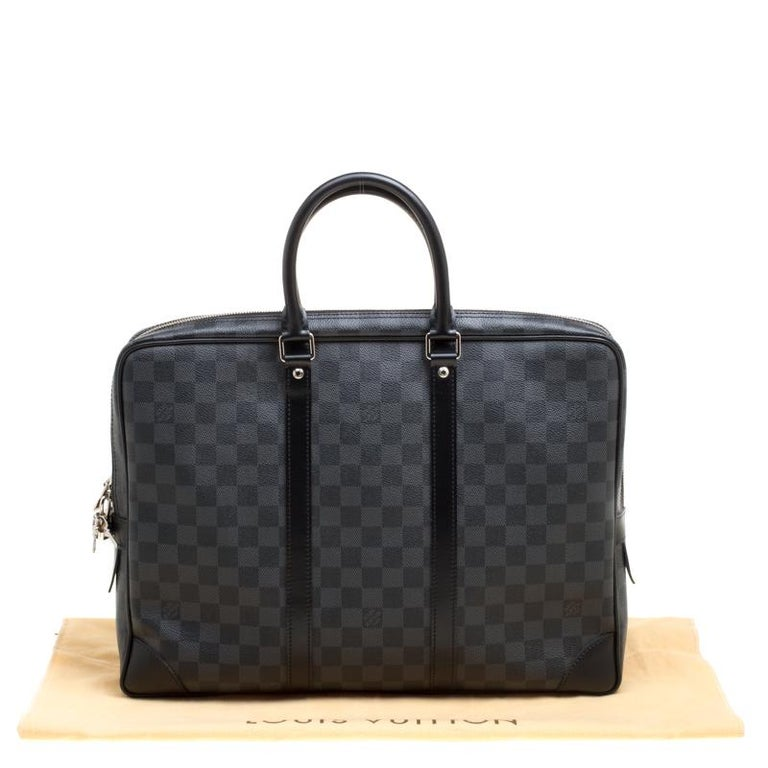 1bdce07f430f Louis Vuitton Damier Graphite Canvas Porte Documents Voyage Briefcase In  Excellent Condition For Sale In Dubai