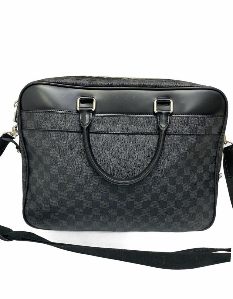 Men's Louis Vuitton Damier Leather Shoulder Bag  For Sale