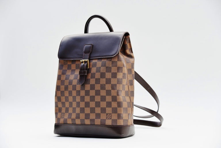 Louis Vuitton Damier Soho Backpack In Good Condition For Sale In Roosendaal, NL