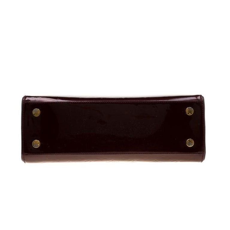 Women's Louis Vuitton Dark Brown Monogram Vernis Brea MM Bag For Sale