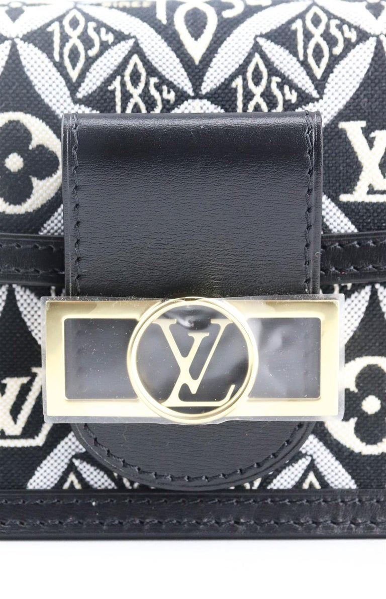 Louis Vuitton Dauphine 1854 MM Leather Trimmed Canvas Wallet On Chain Bag For Sale 7