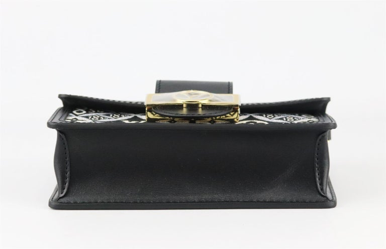 Louis Vuitton Dauphine 1854 MM Leather Trimmed Canvas Wallet On Chain Bag For Sale 2