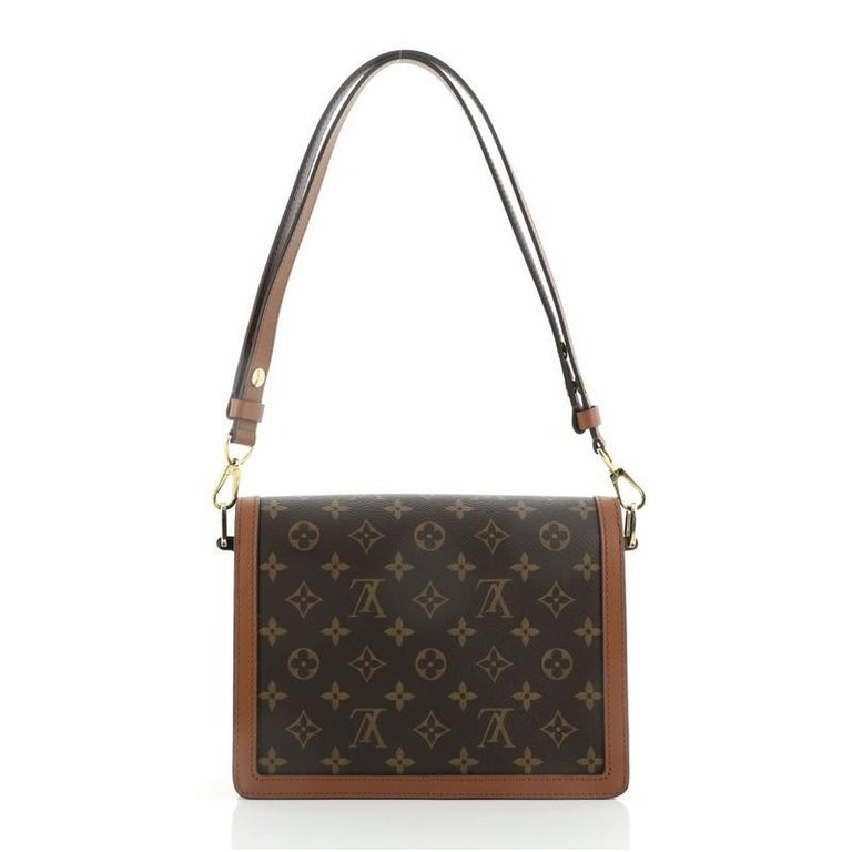 Louis Vuitton Dauphine Shoulder Bag Reverse Monogram Canvas MM In Good Condition For Sale In New York, NY