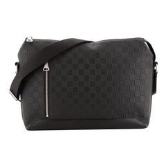 Louis Vuitton Discovery Messenger Bag Damier Infini Leather MM