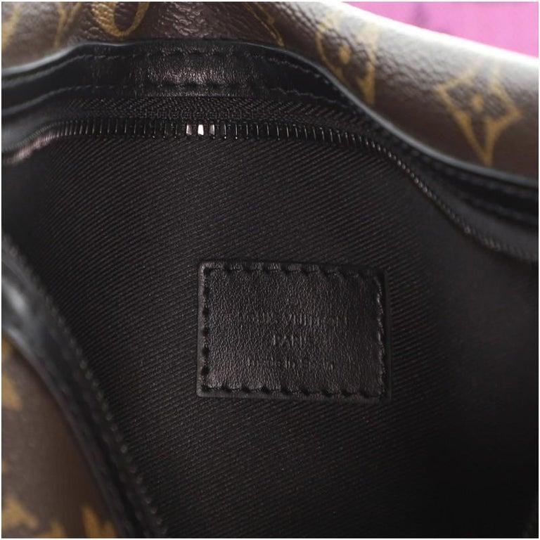 Louis Vuitton Double Flat Messenger Bag Limited Edition Logo Story Monogram For Sale 5
