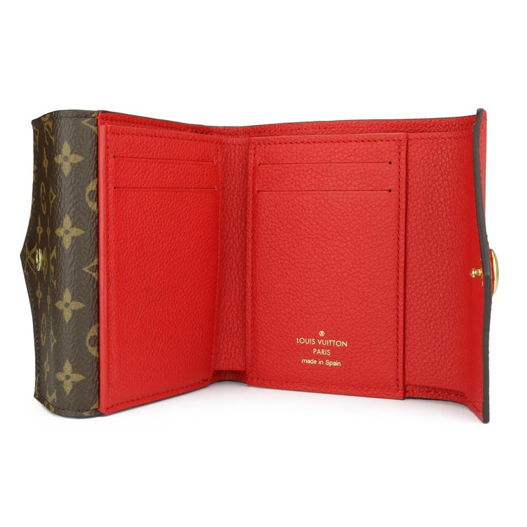 Louis Vuitton Double V Compact Wallet Monogram Canvas Rubis Calf w/GHW 2018 For Sale 5