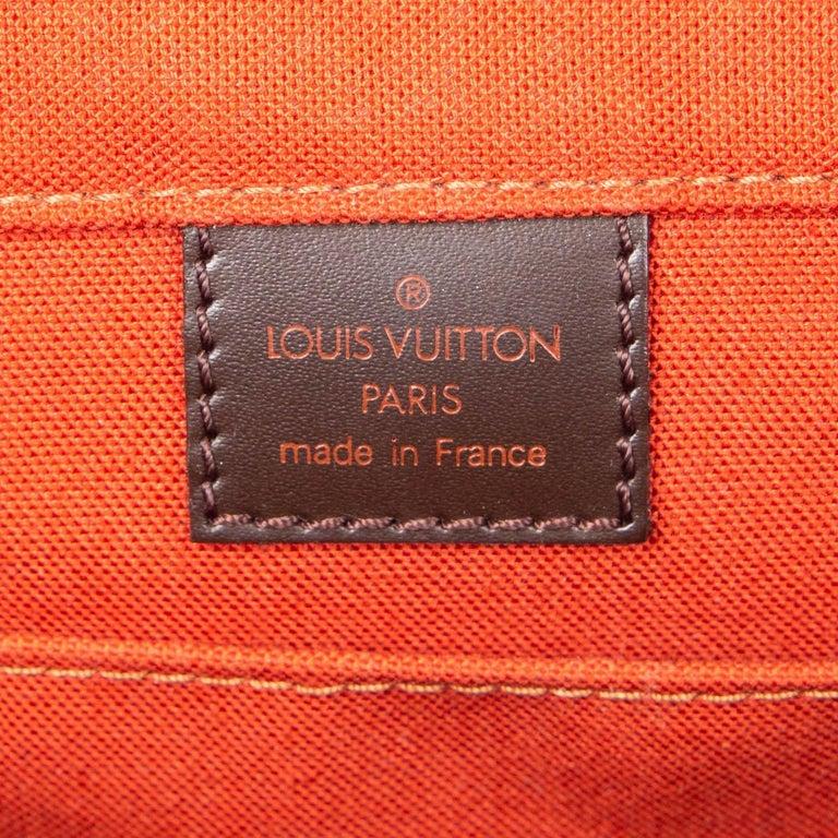 LOUIS VUITTON Ebene brown DAMIER CANVAS BASTILLE Messenger Bag For Sale 2