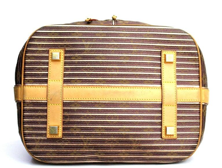 Women's Louis Vuitton Eden Neo Peche Monogram Limited Edition Bag For Sale