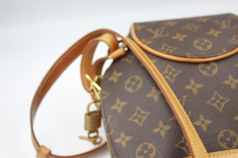 Brown Louis Vuitton Ellipse Backpack in Monogram Canvas and Natural Leather For Sale