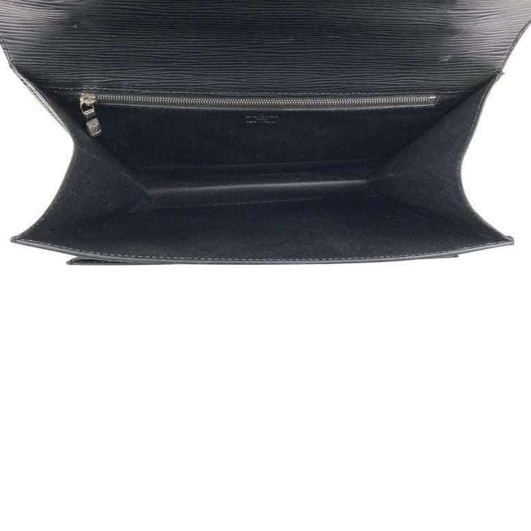 Louis Vuitton EPI Monceau 28 For Sale 5