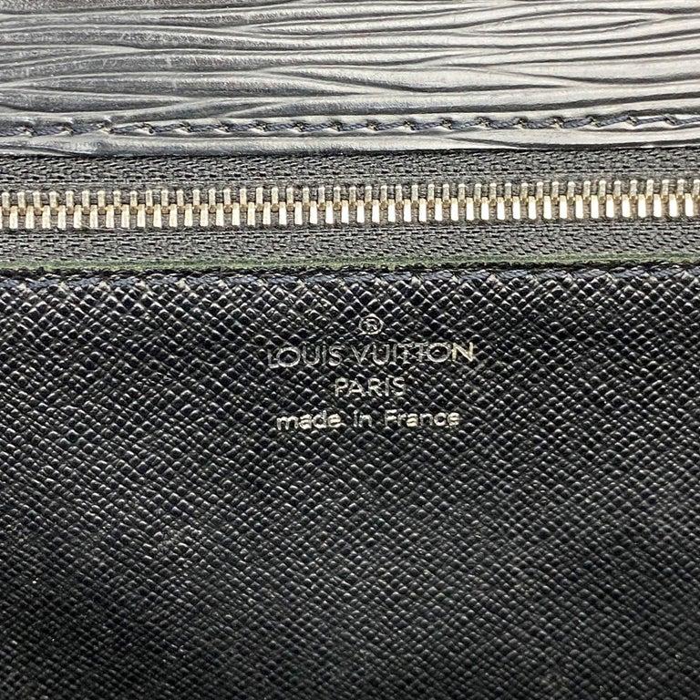 Louis Vuitton EPI Monceau 28 For Sale 6