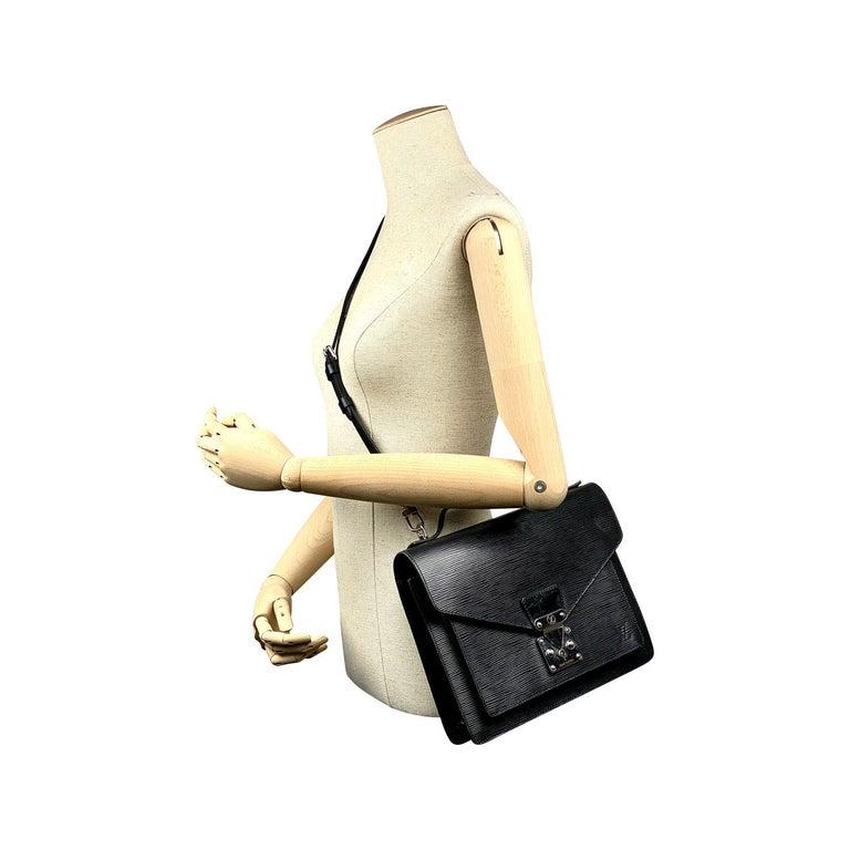 Louis Vuitton EPI Monceau 28 For Sale 9